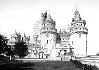 FR 11_033 - Pierrefonds